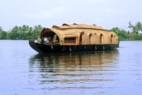 Tour Package - Incredible Backwaters